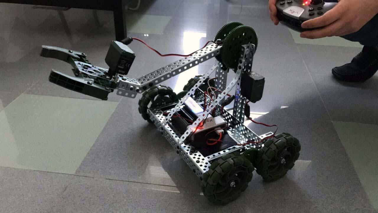 Robotics Club Canadian University Dubai