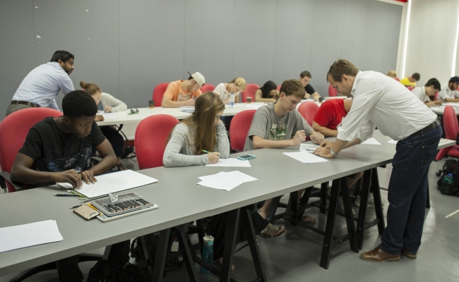 June 7th 2015 The School Of Architecture And Interior Design At Canadian University Dubai CUD Has Hosted A Group Architectural Engineering Students